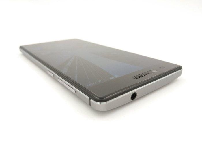 Smartphone Seitenansicht (1)