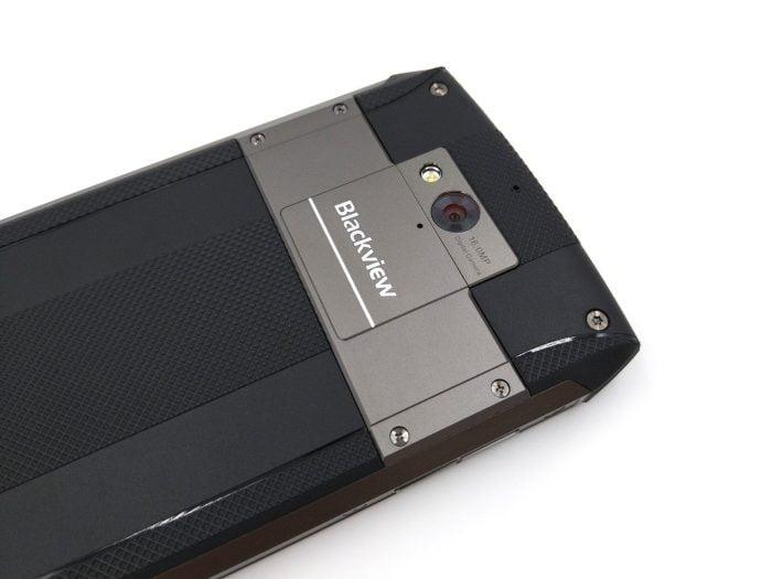 Rückseite mit Kamera
