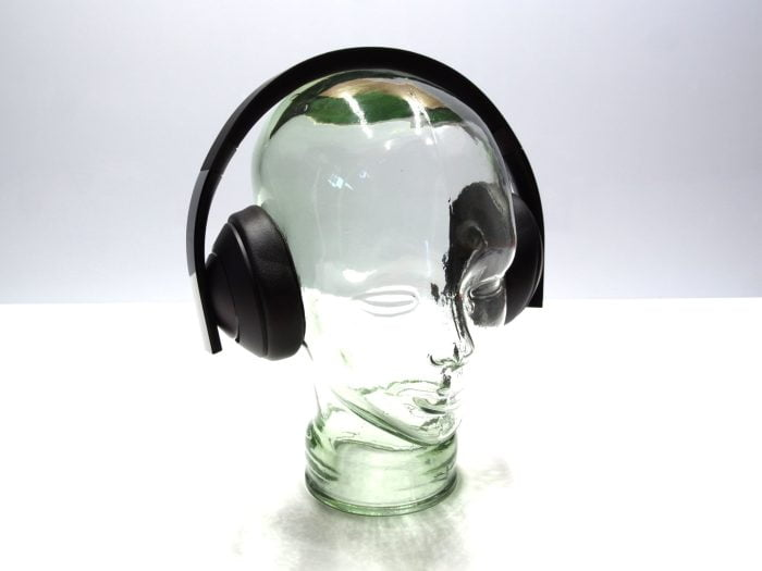 Headset from the side (1)