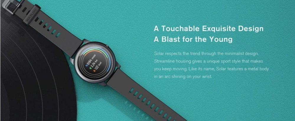 Haylou Solar Smartwatch dans un boîtier en aluminium noble.