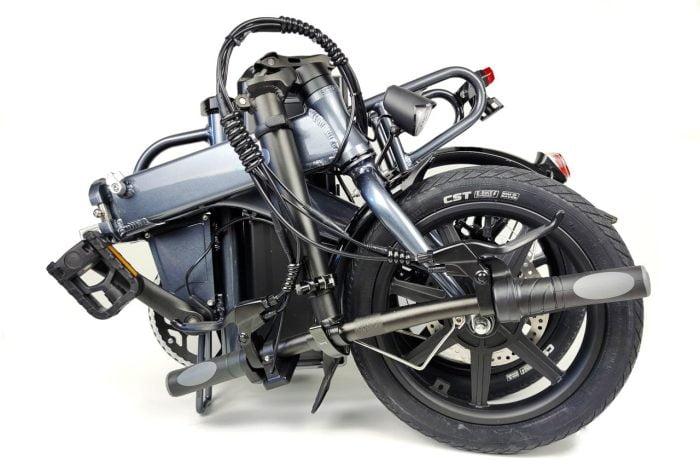 E-bike FIIDO L3 dobrada (2)