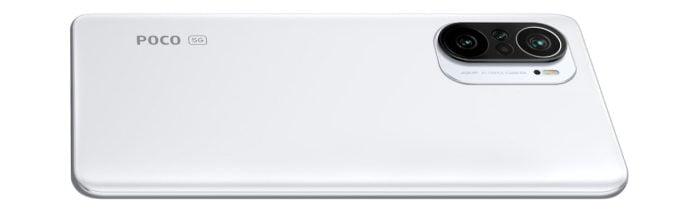 Dos du smartphone POCO F3 en blanc