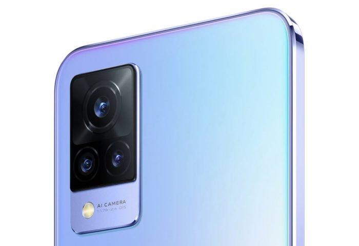 Potrójny aparat główny vivo V21 5G