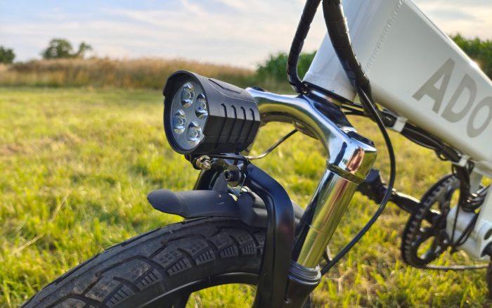 ADO A16 roda dianteira e luz