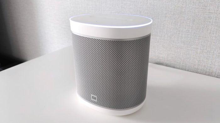 Mi Smart Speaker w salonie