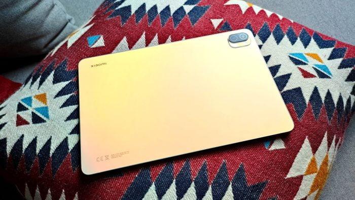 Το Xiaomi Pad 5 Tablet σε Pearl White.